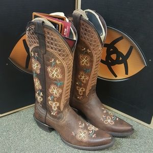 Ariat embroidered western boots